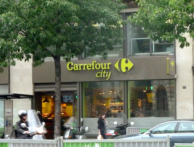 800px-Carrefour_City_Paris